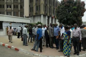 Les ex-travailleurs revendiquent l'apurement total de leurs droits 20 octobre au ministère de l'Économie et des finances.| DR