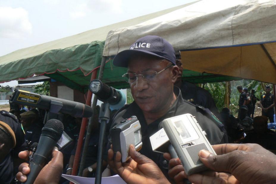 Le directeur général de la police, le général Jean François Ndenguet, a dévoilé le 19 décembre à Brazzaville, le calendrier du déroulement de l'opération Tranquillité 2015