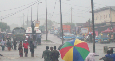 Congo – Inondations: distribution «d'Eau de Javel» pour les familles
