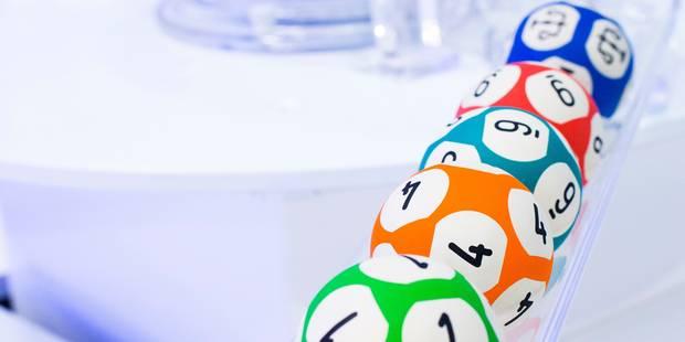 Un Sénégalais arrivé en Espagne à bord d'une embarcation de fortune a gagné 400.000 euros à la loterie de Noël espagnole
