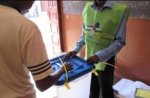 """Centrafrique: 90% de """"OUI"""" à Bangui au référendum constitutionnel"""