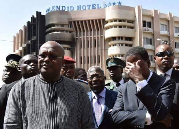 Le président béninois Thomas Boni Yayi s'est rendu lundi à Ouagadougou pour témoigner de la solidarité des pays d'Afrique de l'Ouest après l'attaque meurtrière du weekend