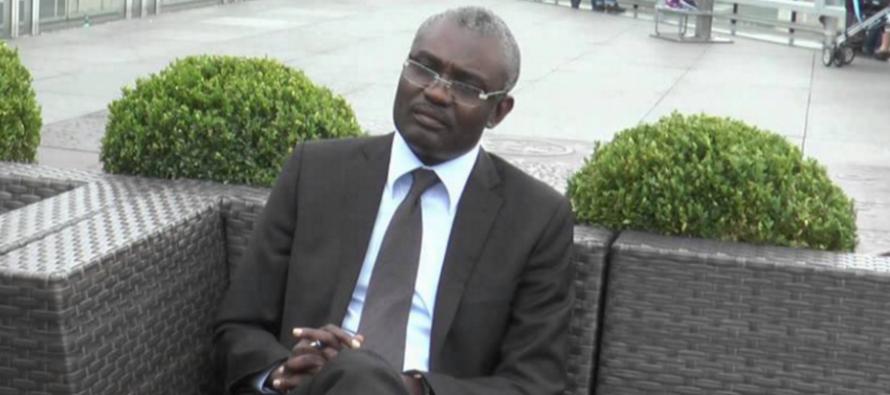 Le Prix du Stylo d'Or de Télé Congo décerné à l'écrivain Michel Innocent Peya