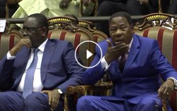 VIDÉO – À l'investiture de Marc Kaboré, Yayi Boni s'offre de nouveau en spectacle