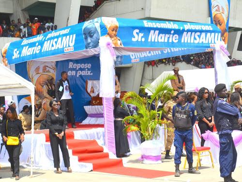 Vue du stade de Martyrs la Pentecôte lors des obsèques de Marie Misamu, artiste musicienne chrétienne le 28/01/2016 au stade de Martyrs de l'Independence. Radio Okapi/Ph. John Bompengo