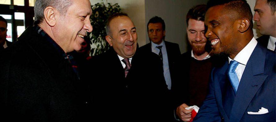 VIDEO – Turquie : Samuel Eto'o reçu par le président turque