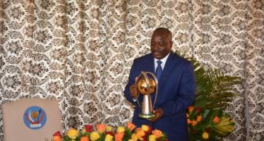 RDC – CHAN 2016: Joseph Kabila remet les médailles d'or à l'équipe nationale de football