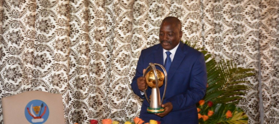 RDC – CHAN 2016: Joseph Kabila remet les médailles d'or à l'équipe nationale de football