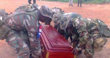 En Images – Nigeria: Cortège funèbre pour ravitailler Boko Haram