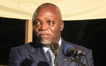 Gabon : démission du président de l'Assemblée nationale, Guy Nzouba Ndama