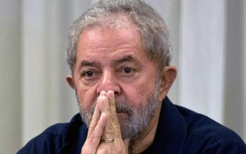 Brésil: L'ex-président Lula inculpé pour corruption et blanchiment d'argent