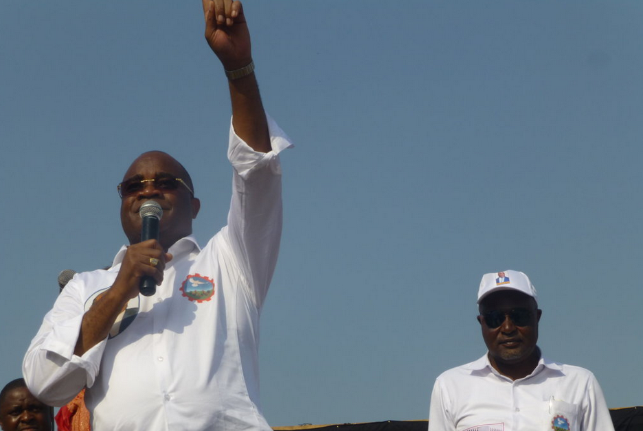 Le candidat André Okombi Salissa