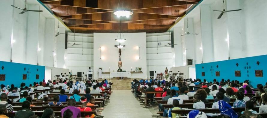Présidentielle au Congo: pas de «pays mort», mais liberté de culte garantie