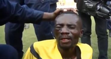 VIDEO – RDC :Bagarre au stade des Martyrs l'arbitre tabasse par les supporteurs
