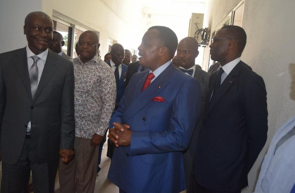 Denis Sassou N'Guesso,  hier matin, dans plusieurs administrations publiques de Brazzaville