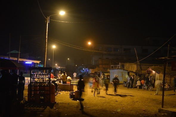 Centre ville de Sibiti sous lampadaires|©severinnews