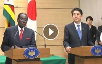 VIDEO – Mugabe s'endort en pleine conférence de presse au Japon