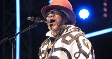 La dépouille de Papa Wemba arrive jeudi à Kinshasa
