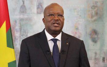Burkina Faso : Le gouvernement travaille sans salaire depuis trois mois, selon le Président