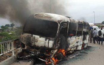 Un bus d'une compagnie zambienne prend feu en RDC : 37 personnes calcinées