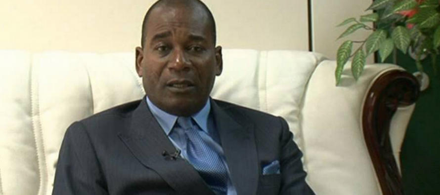 Congo: Le ministre Mabiala menace d'enfermer les clients qui refusent de rembourser leurs crédits
