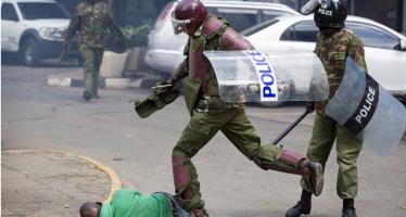 VIDÉO – Kenya : répression policière d'une rare violence à Nairobi