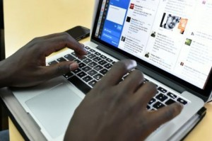 Le Royaume-Uni interdit ordinateurs et tablettes en cabine sur les vols venant de 6 pays d'Afrique du Nord et du Moyen-Orient