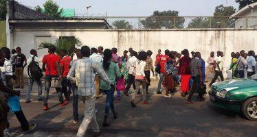 Brazzaville : la police disperse des étudiants en colère à Bayardelle
