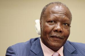 le Ministre des mines et de la géologie, Pierre Oba