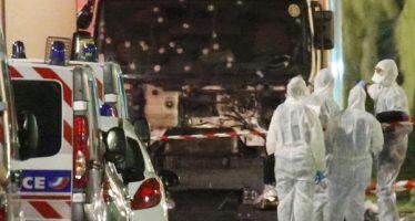 La France endeuillée par l'attentat du 14 juillet à Nice, 84 morts