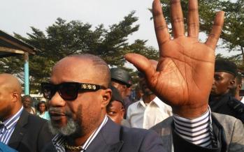 RDC : Koffi Olomide, défenseur de la cause des prisonniers?