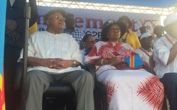 EN IMAGES – RDC Meeting de l'opposition: Etienne Tshisekedi est arrivé