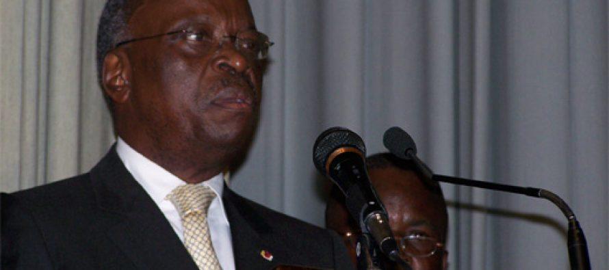 Congo – Le PAD du gAi??nAi??ral NgouelondAi??lAi?? aussi a dAi??menti lai??i??annonce de sa sortie du Frocad
