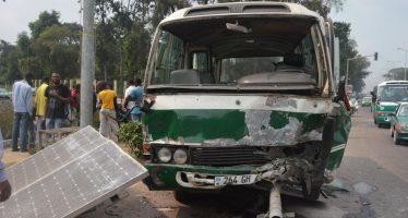 Congo : collision entre deux véhicules à Brazzaville, pas de mort