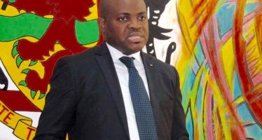 Carel Mottom Mamoni, ministre congolais de la Culture: « Le secteur culturel est un vecteur de créations d'emplois »