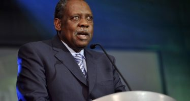 Le Camerounais Issa Hayatou, vice-président de la Fifa, nommé membre honoraire du CIO