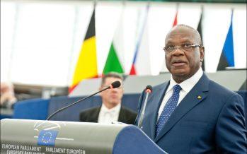 Mali: Twitter et Facebook suspendus après une manifestation à Bamako