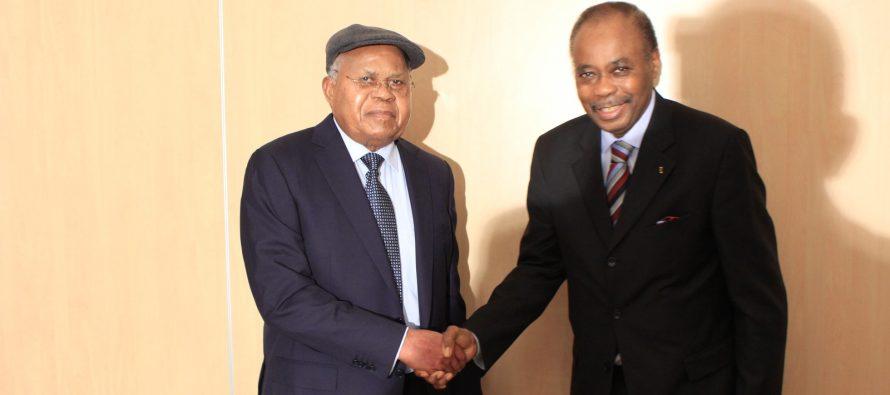RDC – Tshisekedi d'accord pour le dialogue de Kabila, mais…pas avec Edem Kodjo