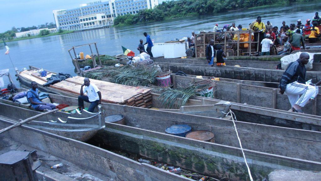 Le voyage sur le fleuve Congo