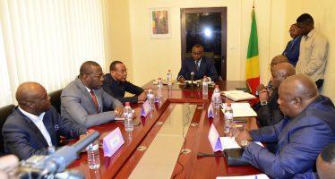 Fête nationale au Congo : le ministre Ibombo appelle les opérateurs de téléphonie au respect du client