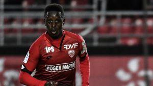 Arnold Bouka Moutou, défenseur congolais de Dijon.