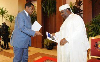 Gabon : léger remaniement du gouvernement