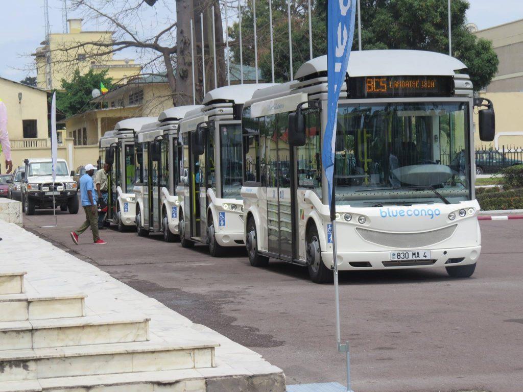 Le maire de Brazzaville Hugues Ngouolondélé, lance les premiers bus électriques à Brazzaville et en Afrique
