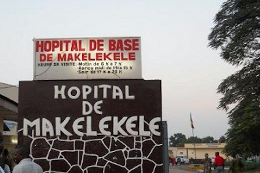 l'hôpital de Makélékélé