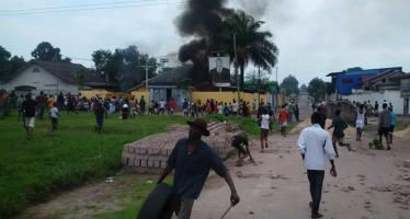 RDC – Incidents signalés à Kinshasa: Le siège du PPRD (Parti Kabila) incendié à Limete