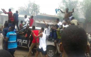 EN IMAGES – RDC: situation très tendue à Kinshasa au deuxième jour des manifestations populaires