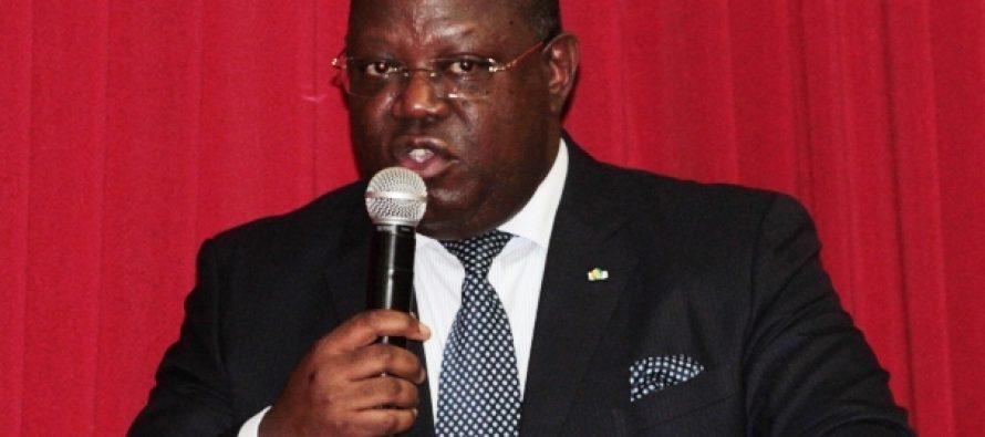 Gabon: Ali Bongo nomme Emmanuel Issoze-Ngondet Premier ministre pour former un «gouvernement d'ouverture»