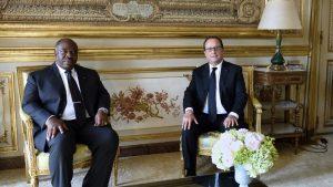 Le président gabonais Ali Bongo a rendu une visite éclair à son homologue français François Hollande, le 14 septembre 2015.
