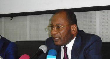Pour le ministre Pierre Mabiala, A�le Congo na��a pas de leA�on A� recevoir des maA�tres chanteursA�