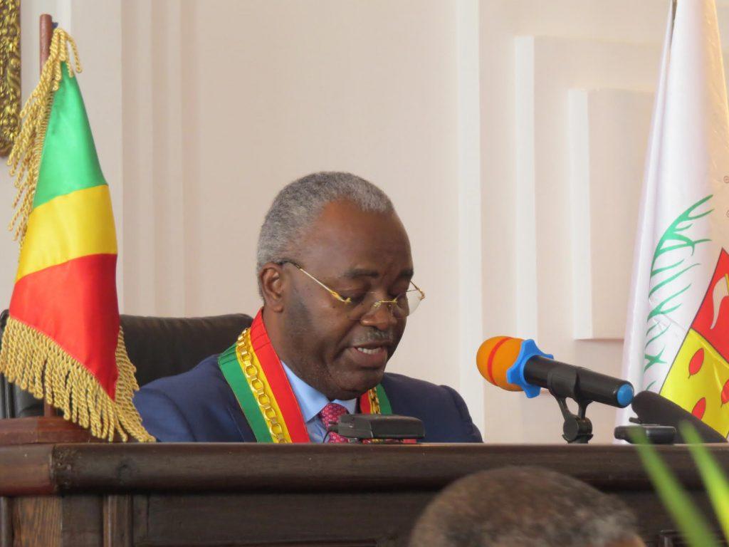 Hugues Ngouelondelé, président du conseil départemental et municipal de Brazzaville